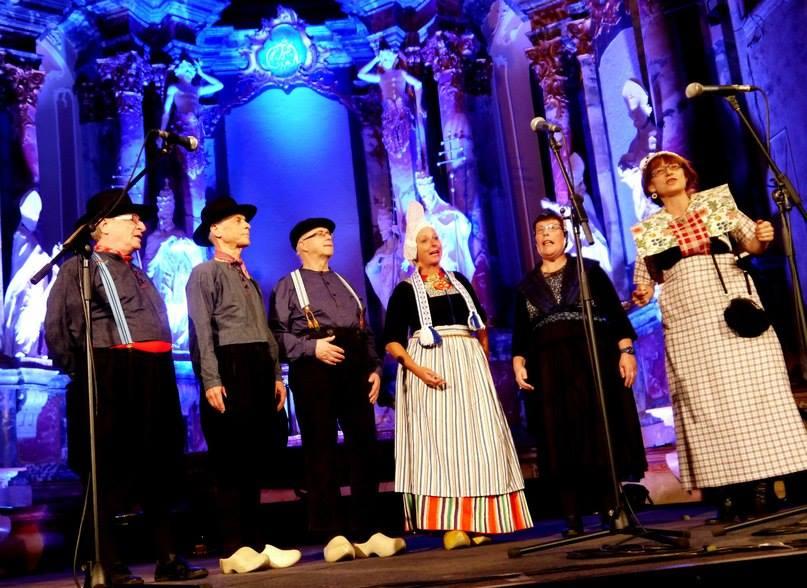 """Zarjanka in t concertgebouw Vilnus Litouwen september 2013 Internationale folklore festival """"Pokrovskije kolokola"""""""